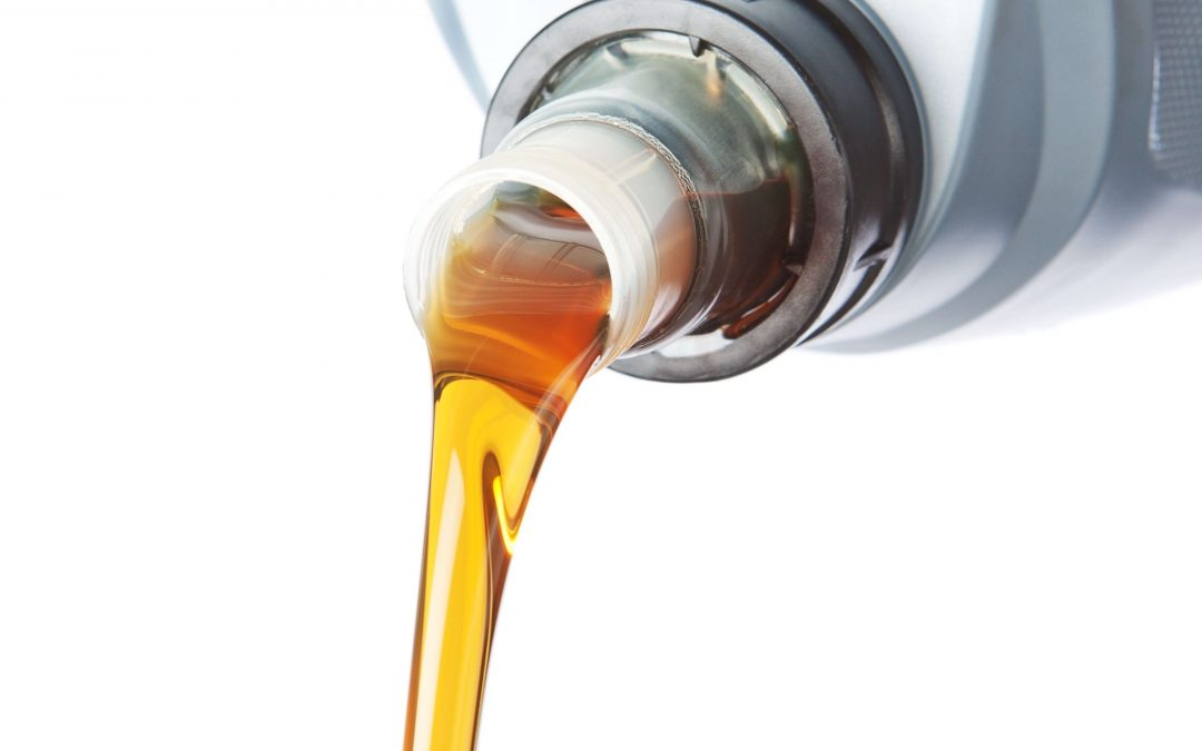 Oil Change Brampton: 5 good reasons to use synthetic oil